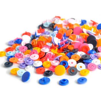 Пластиковые кнопки