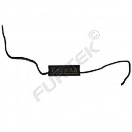 Черная пластиковая пломба 30х10 мм на синтетическим шнурке