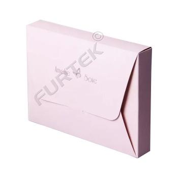 Картонная коробка-конверт