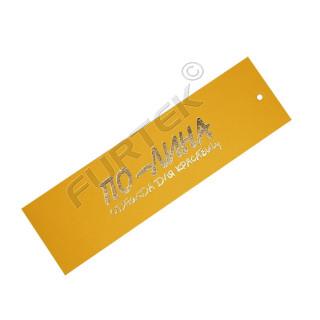 Картонная прямоугольная бирка с тиснением фольгой цвета золото с отверстием