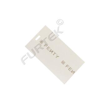 Прямоугольная бирка двойная из дизайнерского картона белая с объемным тиснением