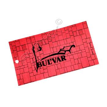 Прямоугольная бирка из одностороннего мелованного картона с отверстием для крепления и полноцветной печатью