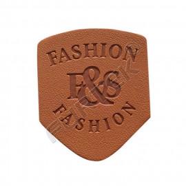 Кожаные лейблы для одежды