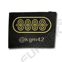 Этикетка жаккардовая вышитая черная с золотыми буквами 35 мм