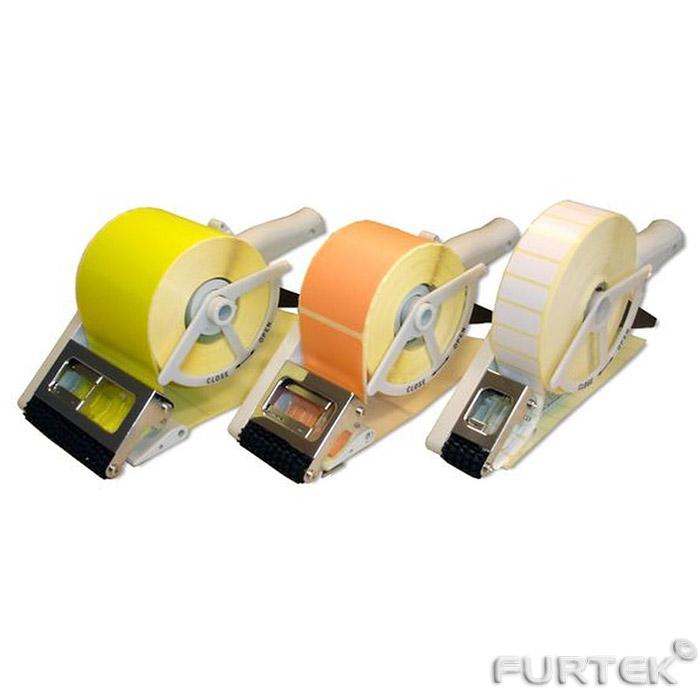 Три аппликатора для нанесения маркировки на товары с разным типом этикет ленты