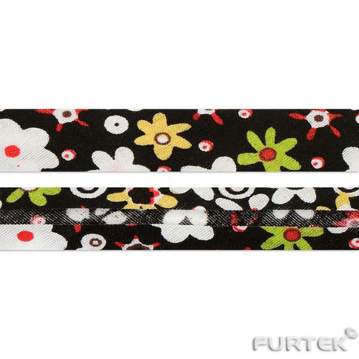 Косая бейка хлопковая черная с цветочками