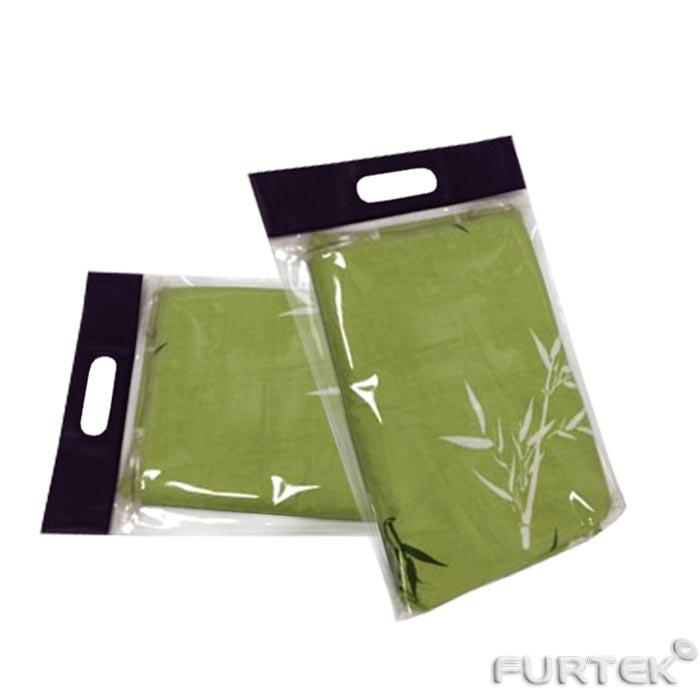 Постельное белье в пакете с вырубной ручкой и донной складкой