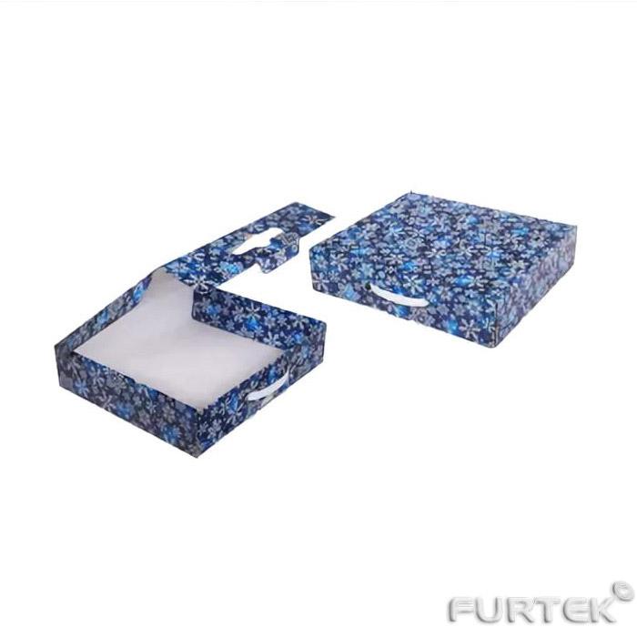 Коробка-чемоданчик