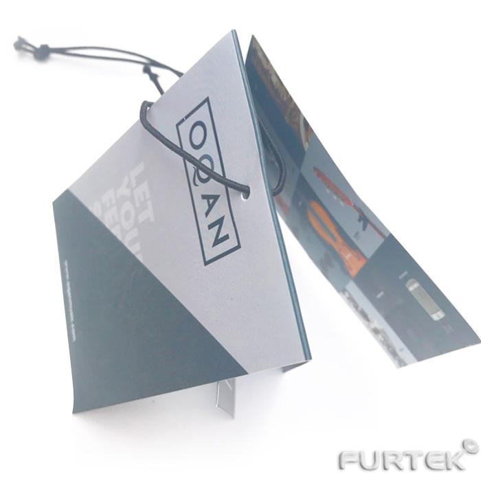 Карточка со сгибом серового цвета, вид сверху