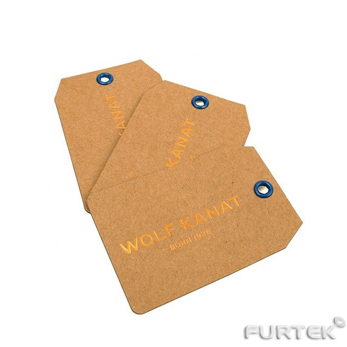 Три бирки с люверсом из крафт-картона