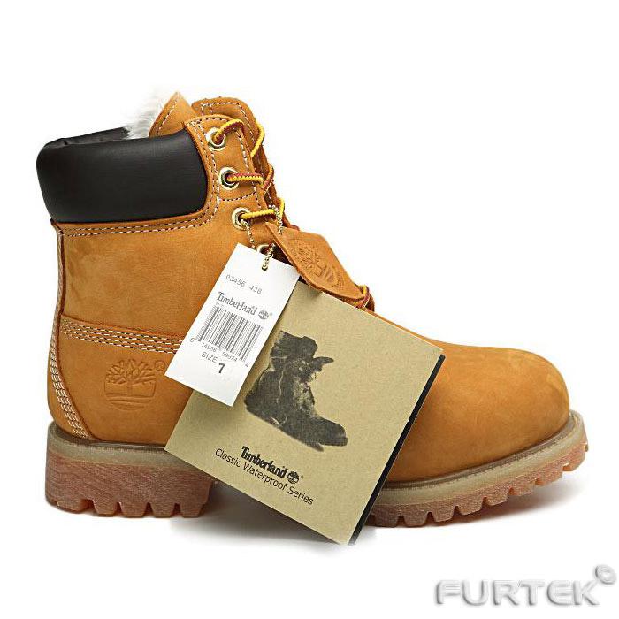 Обувь с картонной биркой