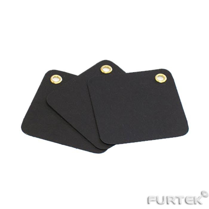 Картонная черная бирка со скошенными углами ромбовидная
