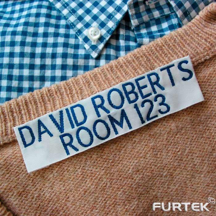 этикетка на свитере