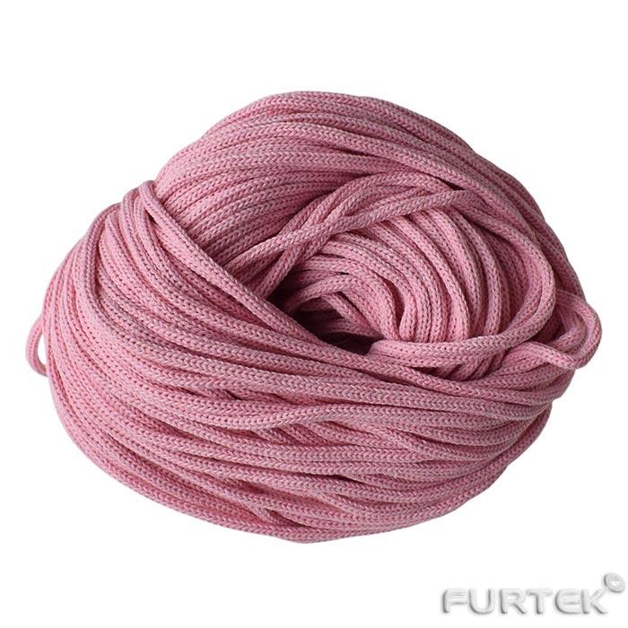 Полиэфирный шнур розового цвета