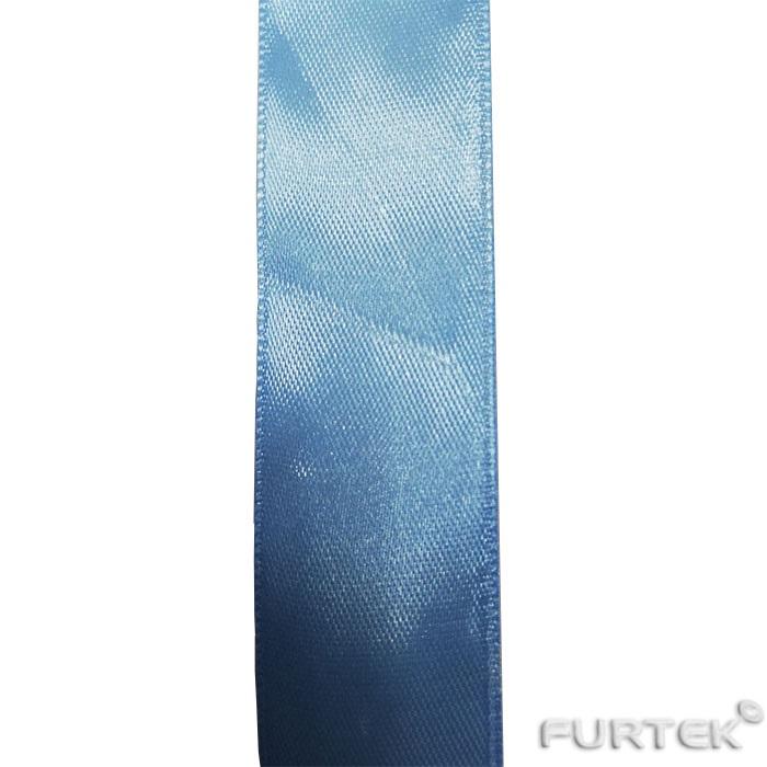 голубая атласная лента