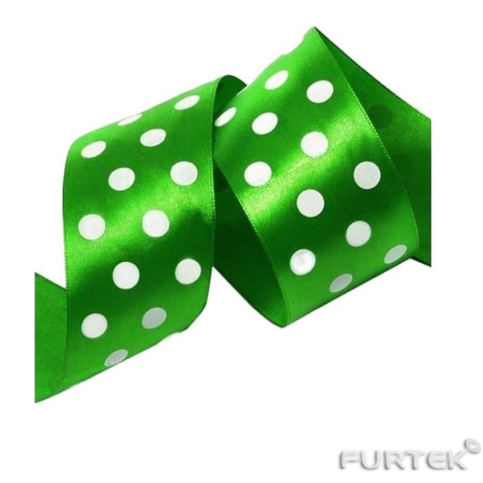 Зеленая сатиновая лента с печатью белый горох