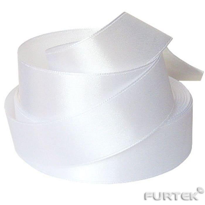 Сатиновая лента шириной 40 мм белого цвета